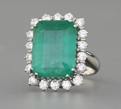 Auction 2711 -  30 MODERN AND VINTAGE JEWELS